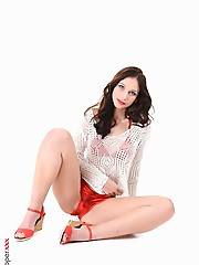 Ann O Fee Beach Ready hot sexy nude girls wallpaper virtual stripper hd vr babes